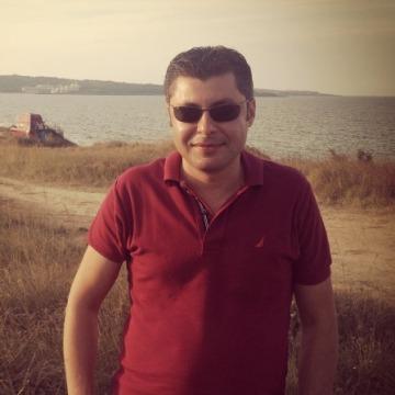 Ilhan Yılmaz, 42, Tekirdag, Turkey