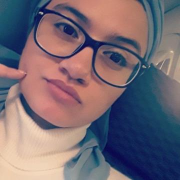Pili Muñoz, 21, Bogota, Colombia