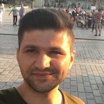 Yunus, 29, Istanbul, Turkey