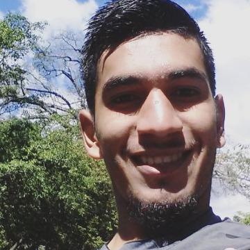 Julio C Funez, 22, Tegucigalpa, Honduras