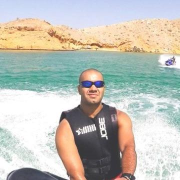 Amr, 35, Dubai, United Arab Emirates