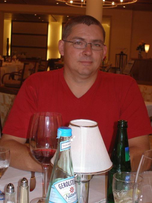 james, 55, Miami, United States