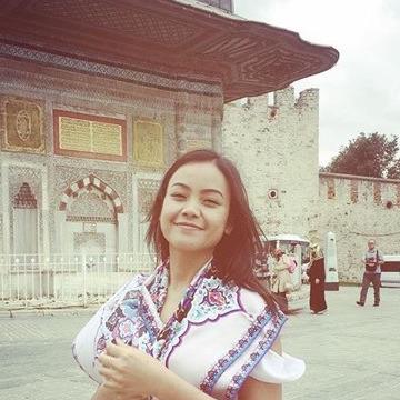 Yui, 26, Bangkok, Thailand