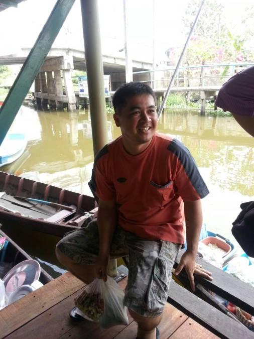 akchai, 45, Bangkok, Thailand