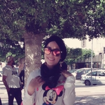 Ferdaous Ghourabi, 25, Tunis, Tunisia