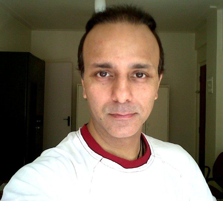 vikram chopra, 50, Mumbai, India