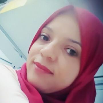 Ahlem, 30, Tabarka, Tunisia