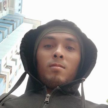 Mauza Olang, 30, Petaling Jaya, Malaysia