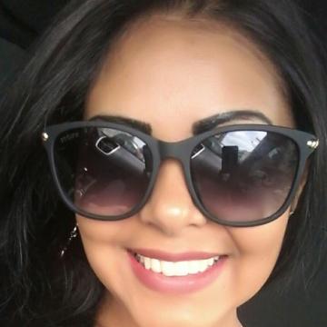 Bruna Leonilda Figueredo, 31, Florianopolis, Brazil