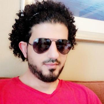 Anoos, 29, Dubai, United Arab Emirates