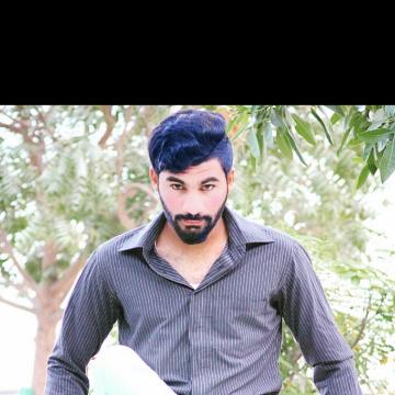 Zaid, 26, Muscat, Oman