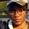 Moses Konqa de Njau, 23, Jinzhou, China