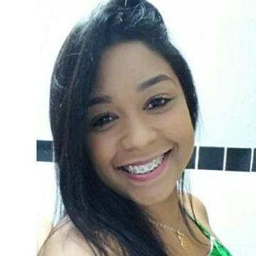 Flavia, 25, Rio de Janeiro, Brazil