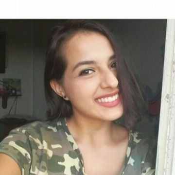 Laura Almanza, 23, Cartagena, Colombia