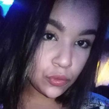 Estella, 22, Arequipa, Peru