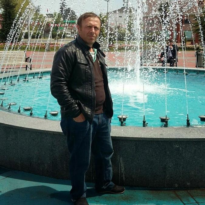 Fahretin Yavuz, 48, Istanbul, Turkey