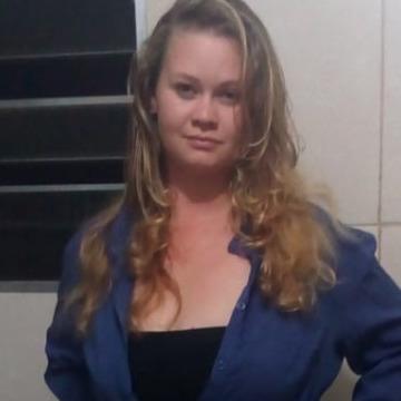 erica, 28, Carapicuiba, Brazil