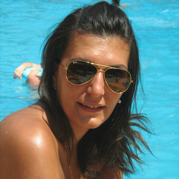 Ela Ela, 31,