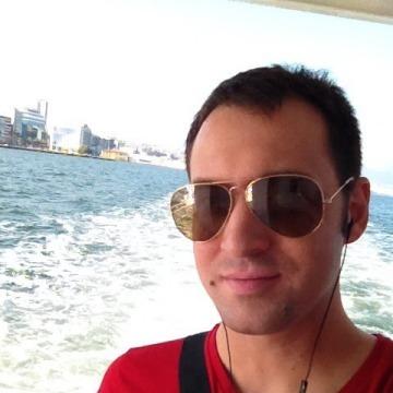 Gurol, 33, Izmir, Turkey