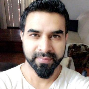 Sarim, 34, Perth, Australia