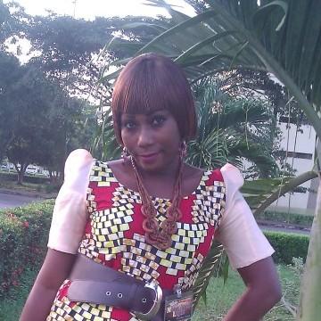 Noelie, 38, Lome, Togo