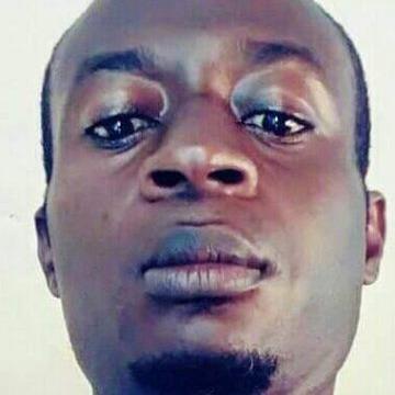 Mevaa, 35, Yaounde, Cameroon