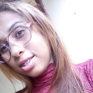 Milla, 23, Uberaba, Brazil