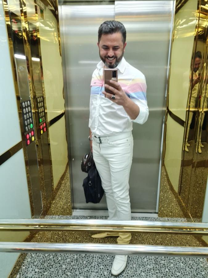 Mustafa Koçer, 42, Izmir, Turkey