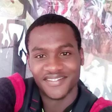 Moustapha, 24, Yaounde, Cameroon