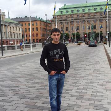 Asho, 31, Stockholm, Sweden