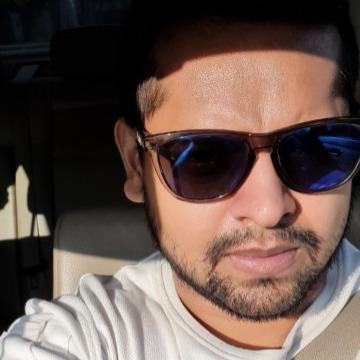 Karan, 35, Mumbai, India