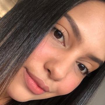 Ana, 24, Caracas, Venezuela