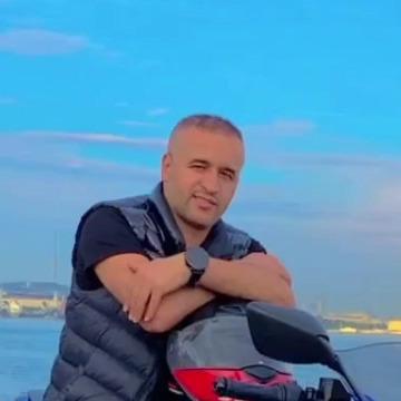 Mahmut, 34, Istanbul, Turkey