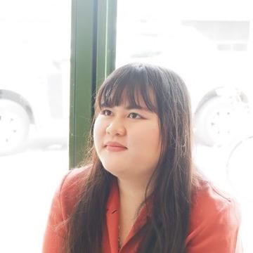 Phatchara Phatchara, 23, Phra Nakhon Si Ayutthaya, Thailand