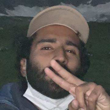 Yasir khan, 21, Sargodha, Pakistan