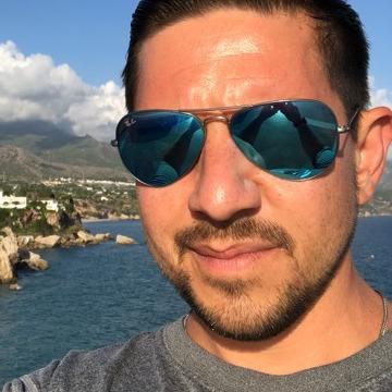 Nick Sabella, 38, Chicago, United States