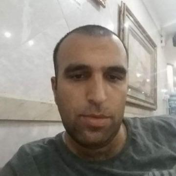 Ali Elnu, 32, Jeddah, Saudi Arabia