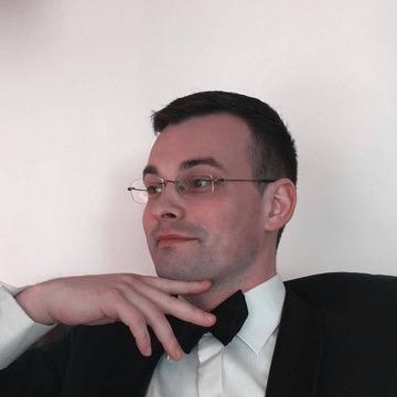 Mantas Ciūnys, 34, London, United Kingdom