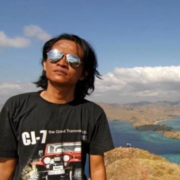 Iman Syah, 37, Pekanbaru, Indonesia