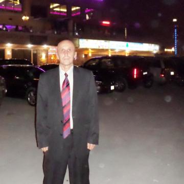Al, 55, Kuwait City, Kuwait