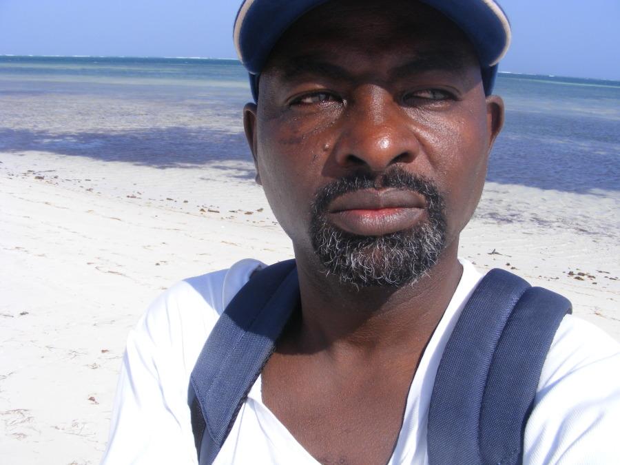 Nick, 45, Mombasa, Kenya