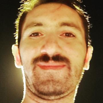 Şafak Durmuş, 31, Istanbul, Turkey