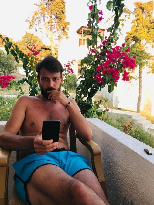 Mert doga, 31, Izmir, Turkey