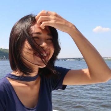 Yanthi Leaf, 20, Jakarta, Indonesia