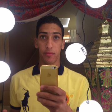 Tom Crouz, 29, Cairo, Egypt