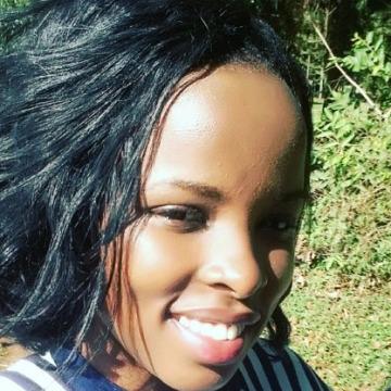 Sandrah  Agasha, 25, Kampala, Uganda