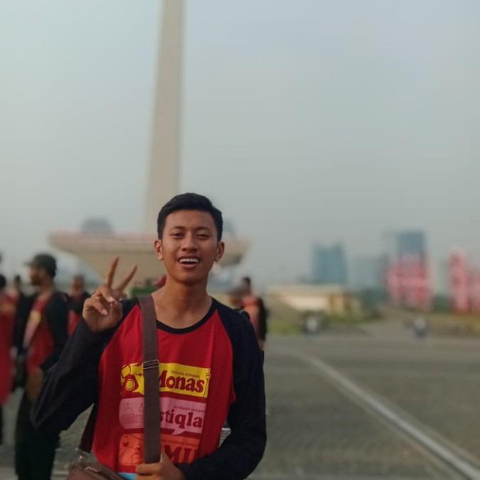 Firgiawan Listanto, 18, Surabaya, Indonesia