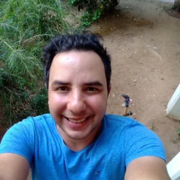 Avi, 35, Tel Aviv, Israel