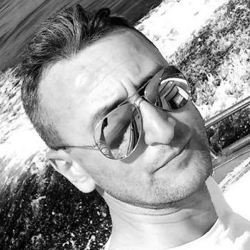 Erhan, 38, Istanbul, Turkey