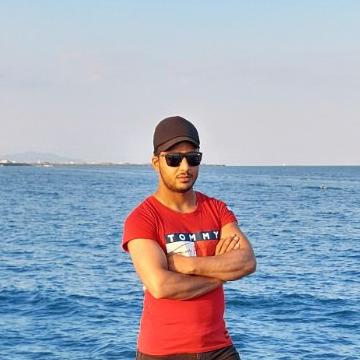 M Shabaz SHABAZ, 21, Dubai, United Arab Emirates
